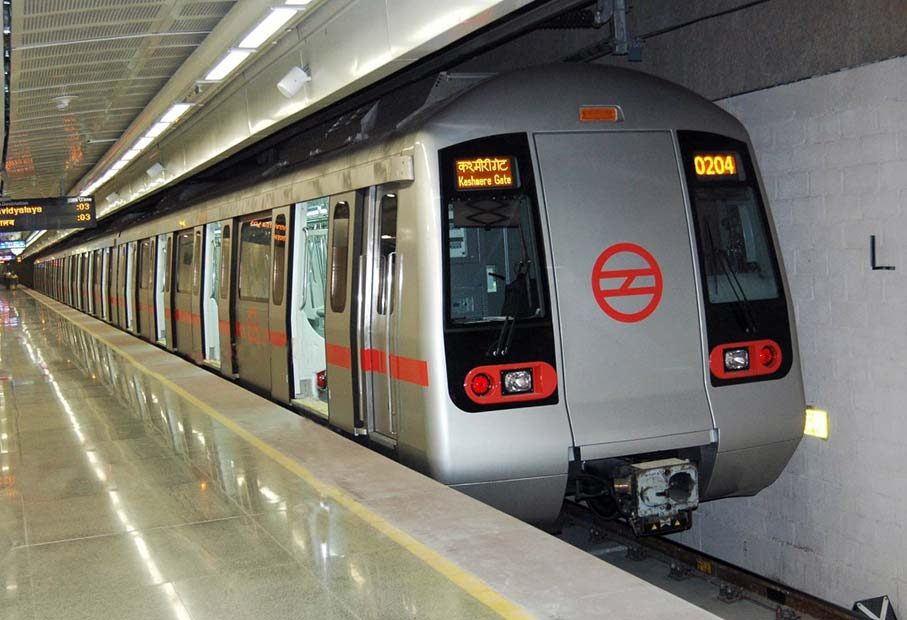 How to Travel in Delhi Metro